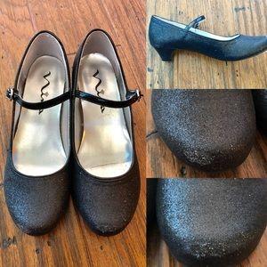Mia kids sparkly dress shoes size 3